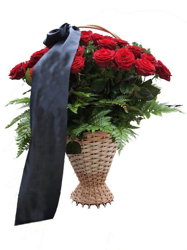 Букет живых цветов с могилы