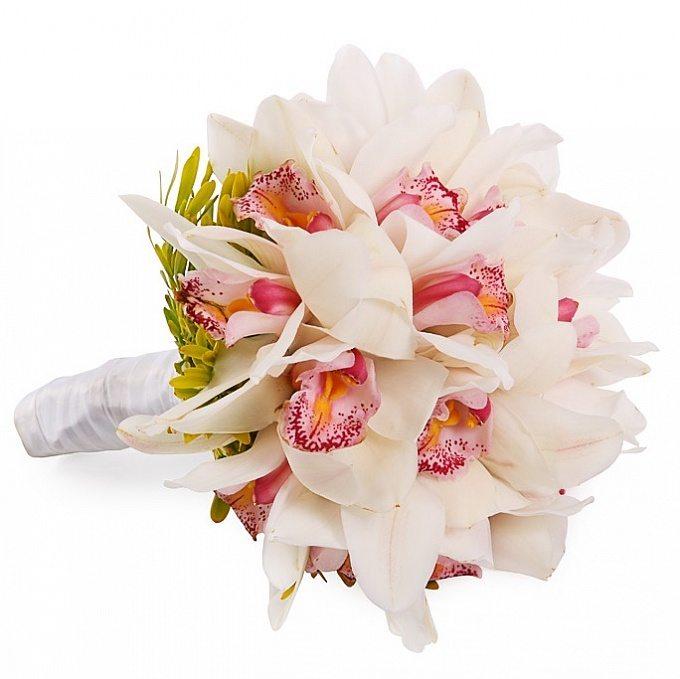 belaya-orhideya-g-omsk-zakaz-tsvetov-gde-kupit-tumbu-pod-tsveti